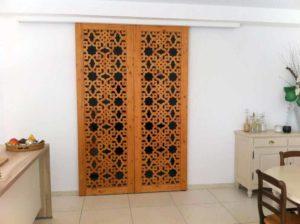 porte claustra bois moucharabieh