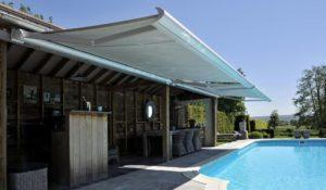 store banne design contemporain piscine