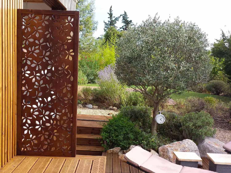 Brise Vue Terrasse Bois brise vue design pour un jardin : pensez au bois !