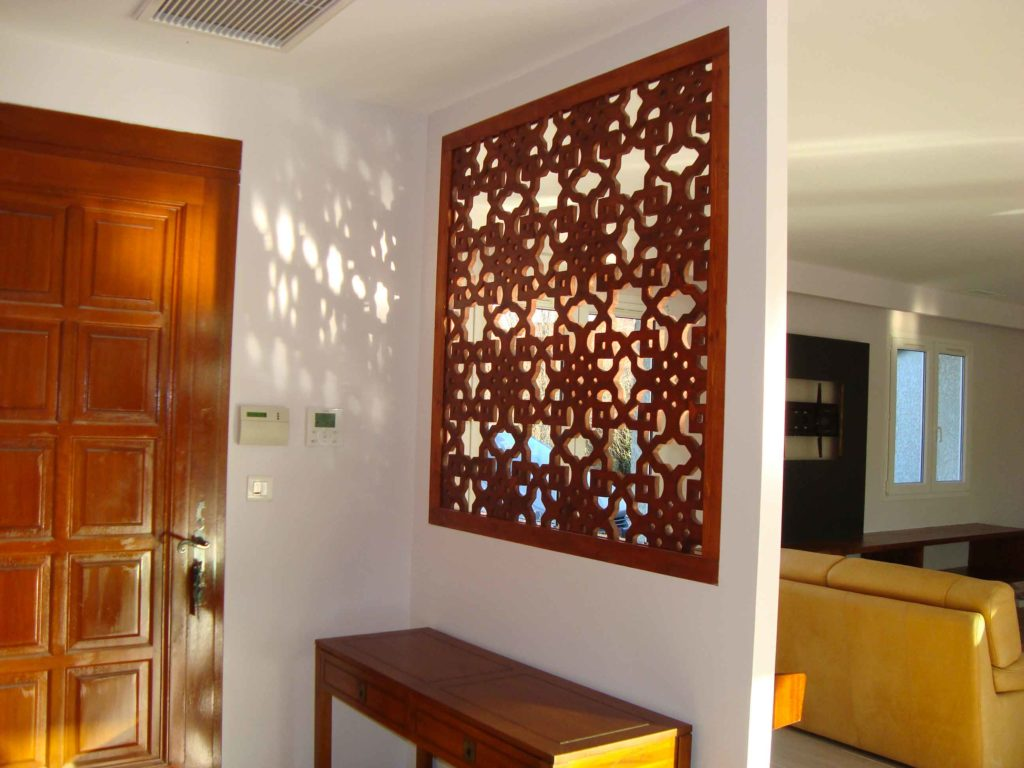 claustra interieur bois traditionnel