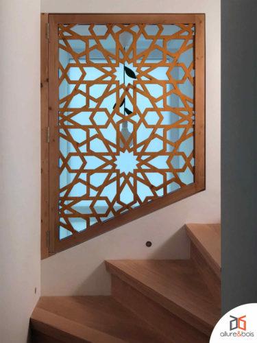 claustra-integre-cage-escaliers-moucharabieh