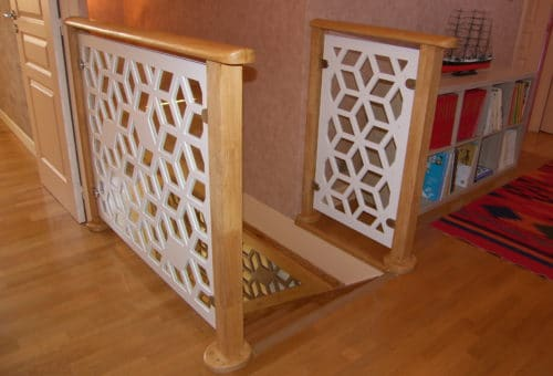 Meubles en bois pour bébé : la balustrade d'escaliers