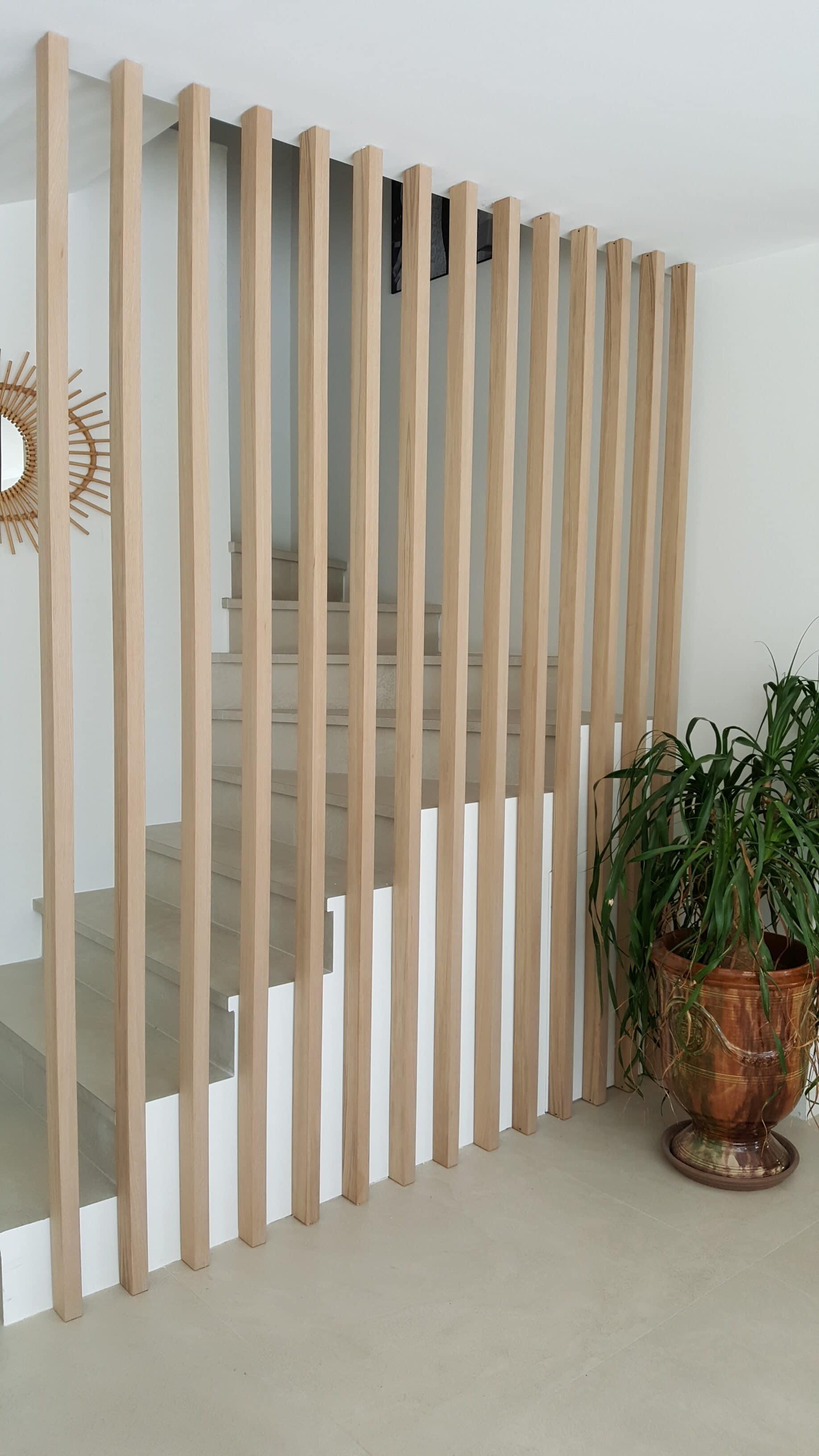 lames verticales épaisses pour garde corps d'escaliers