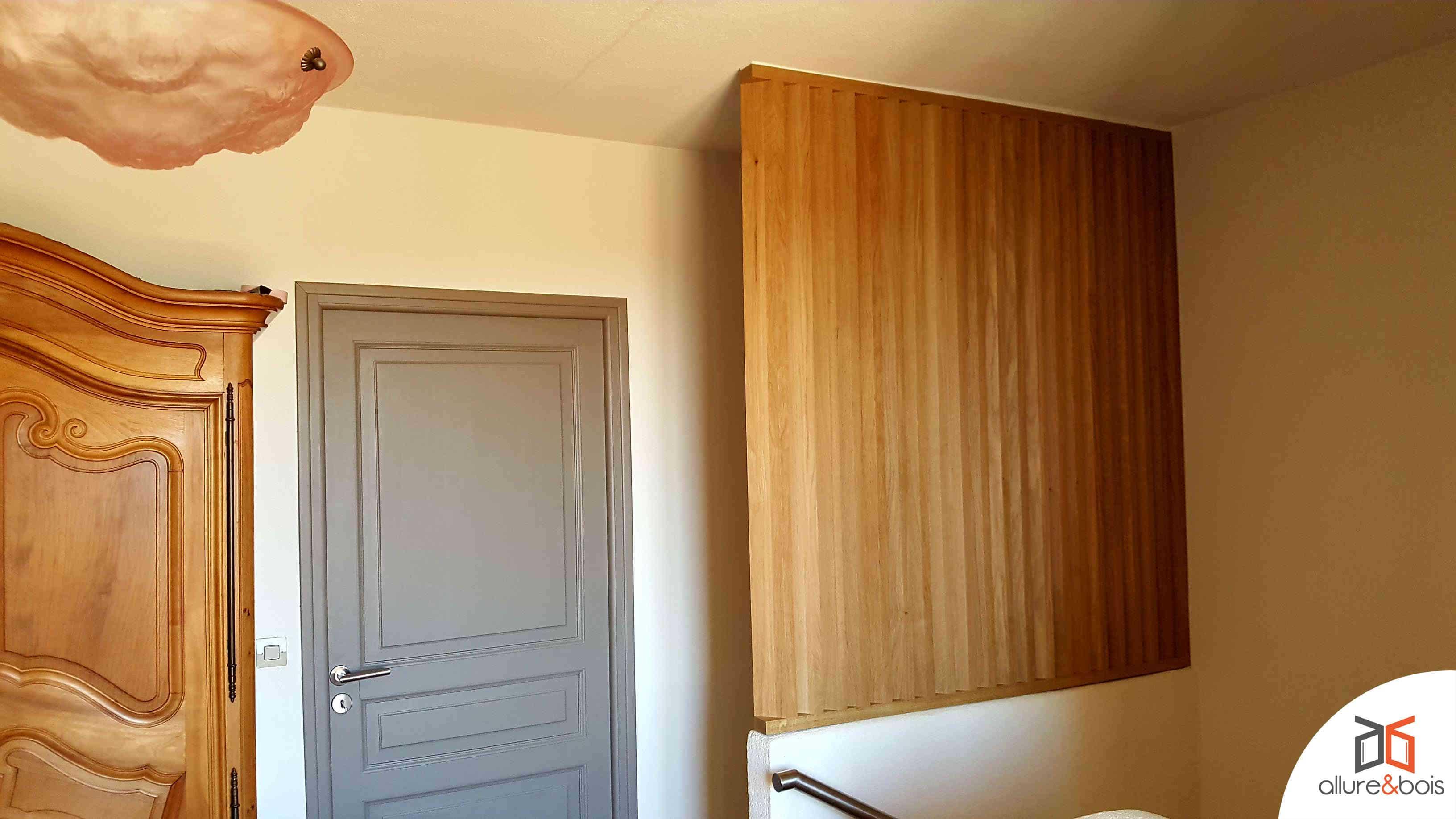Claustra lames bois verticales inclinées