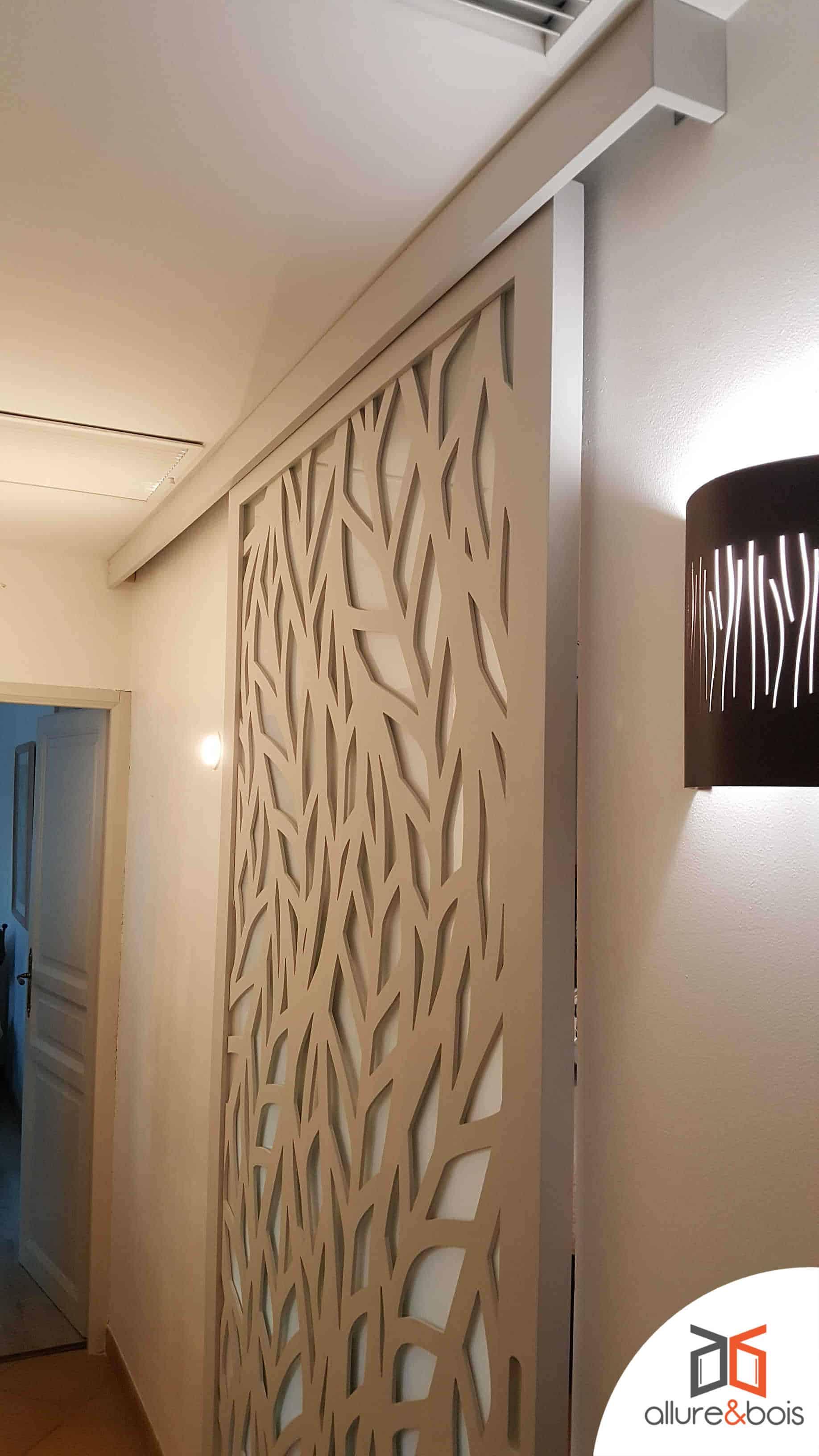 porte coulissante bois décorative