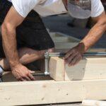 travail artisanal du bois pour panneau